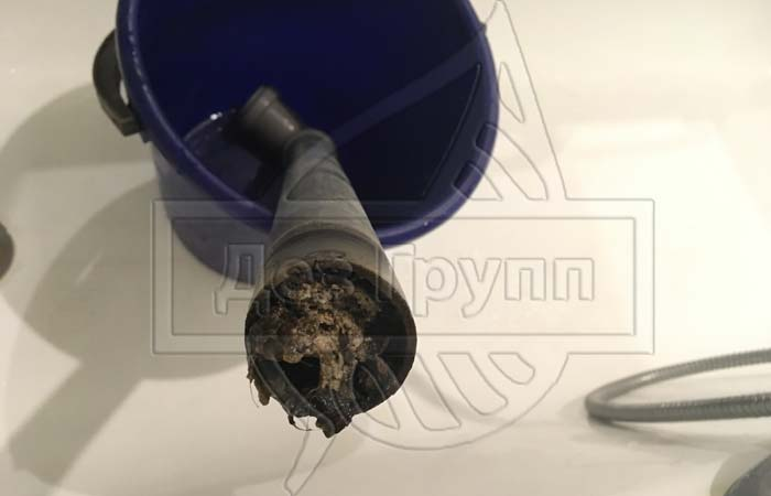 Как прочистить стояк канализации