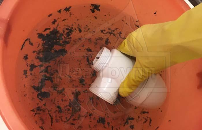 Прочистка канализации и устранение засоров в домашних условиях