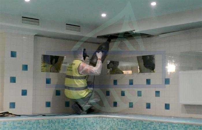 Чистка вентиляции в ванной
